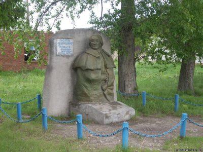 Обелиск в с. Фирстово Омская область